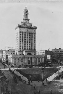Oakland City Hall - 1917